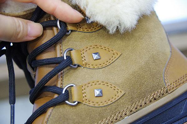 クロックス オールキャスト 2.0 ラックス ブーツ 素材