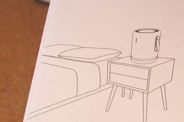 空気清浄機モレキュルエアーミニプラスは、台の上に置いて使うのがおすすめ。