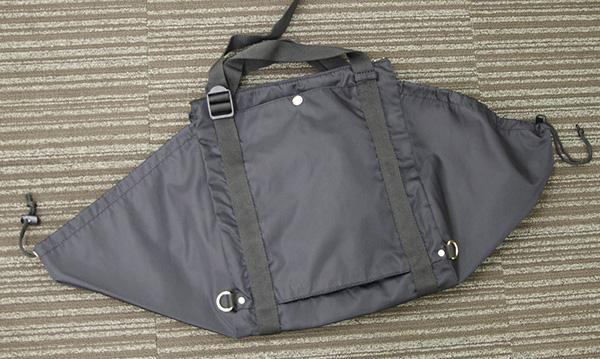 フェリシモ クラソ レジカゴリュック ポケッタブルのスーツケースにつけられる部分