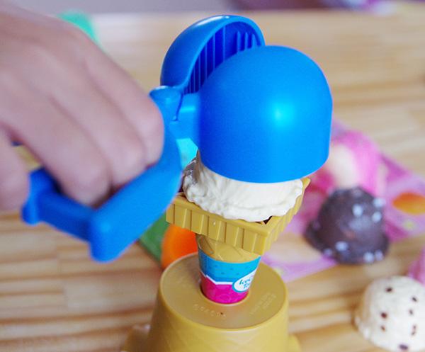 エポックアイスクリームタワー +3のディッシャーの使い方