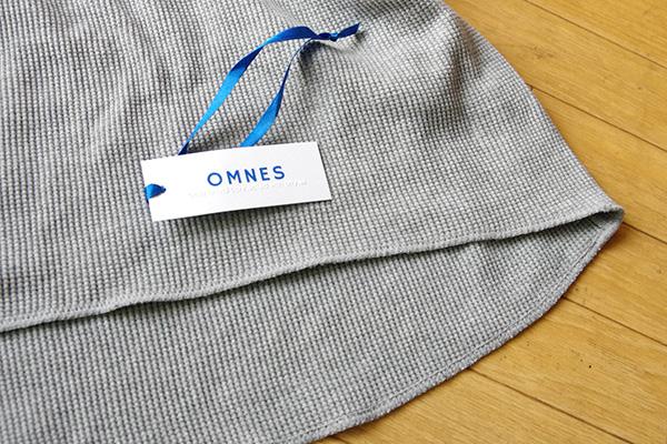OMNES オムネスヘビーワッフルサーマル クルーネックプルオーバーの裾