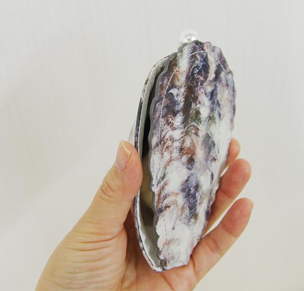 フェリシモユーモア牡蠣そっくり ミラー付きコンパクトの口コミ