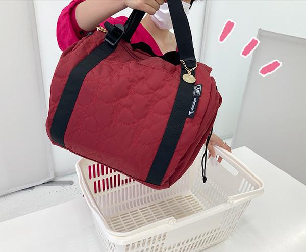 フェリシモレジカゴリュックリトルミイのスーパーでの使い方。4レジカゴからバッグを取り出せばOK。