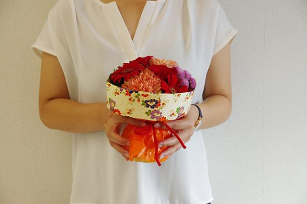 日比谷花壇 そのまま飾れるブーケ 敬老の日 サイズ